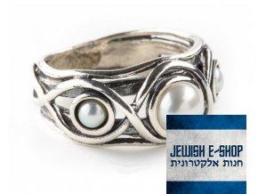 Stříbrný prsten zdobený třemi pravými perlami vel.8  - made in Israel