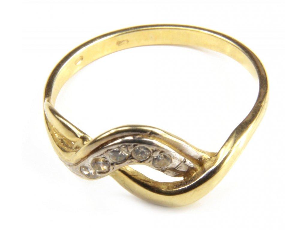 Prsten ze žlutého zlata G411