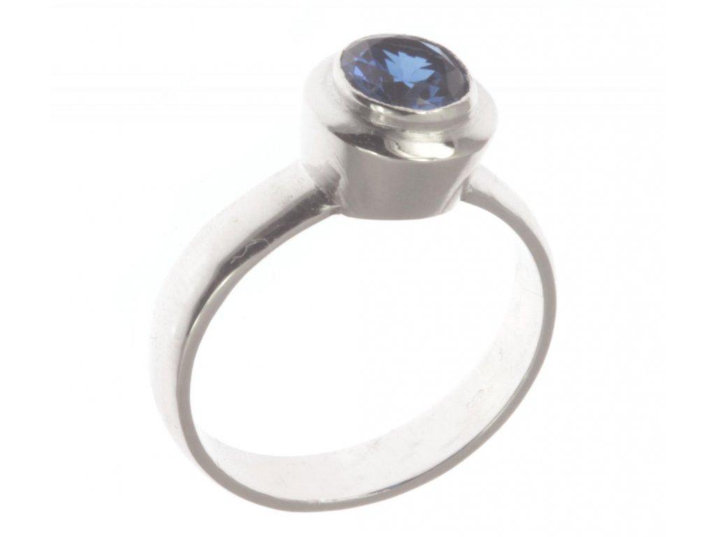 Prsten z bílého zlata se safírem G341