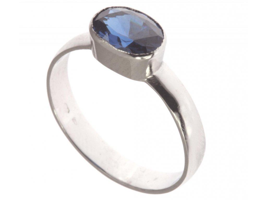 Prsten z bílého zlata se safírem G326