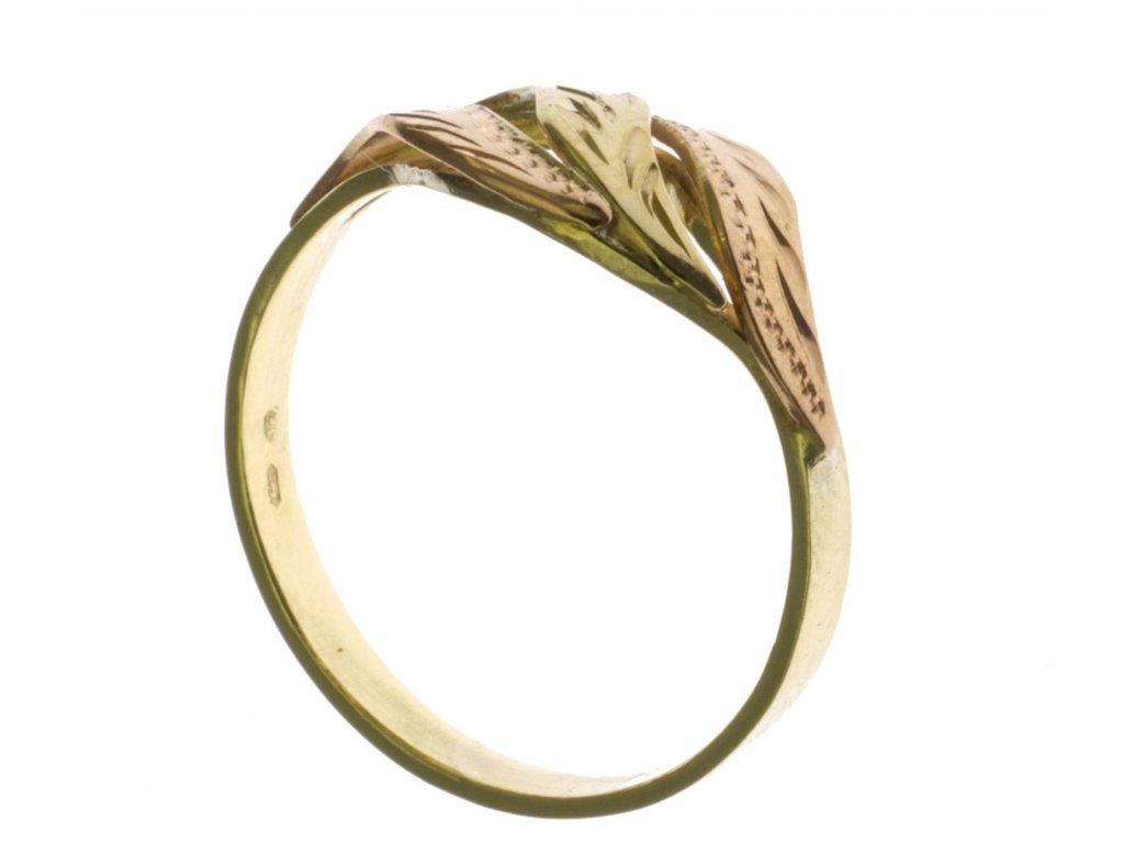 Prsten ze žlutého zlata G368