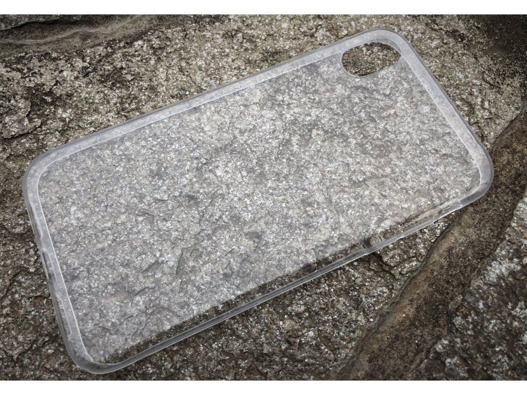 Pouzdro FITTY Ultra Tenké 0,3mm iPhone XR transparentní