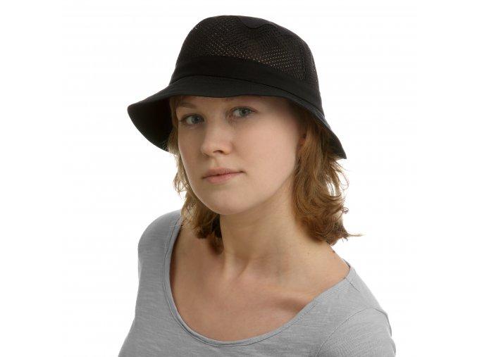 Černý dámský sportovní klobouk
