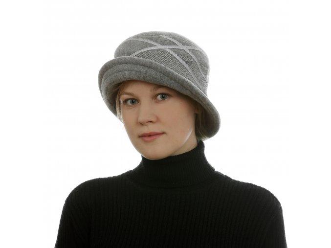 Zimní vlněný klobouk všedé barvě