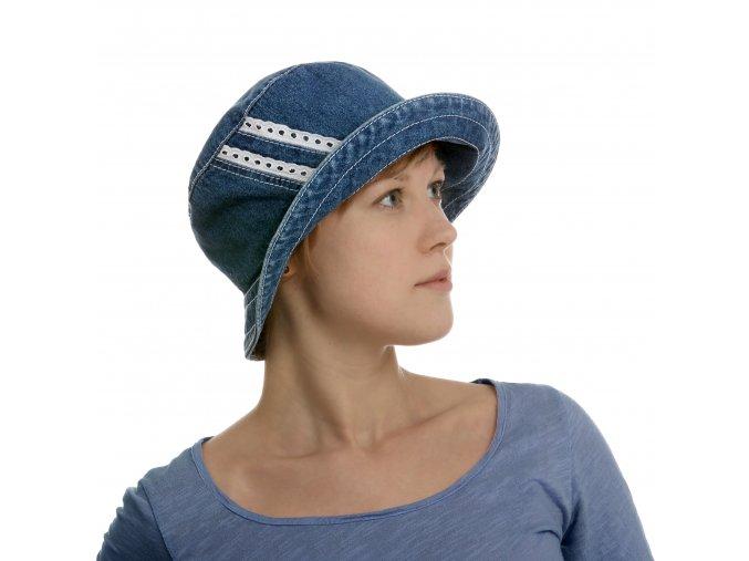 Letní dámský klobouk s širší krempou