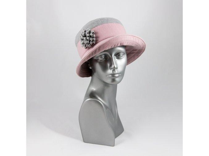Růžovo-šedý zimní dámský klobouk