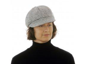 Módní dámská čepice z úpletu