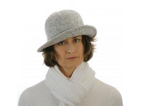 Luxusní dámský klobouk z úpletu