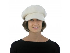 Stylová zimní dámská bílá kšiltovka