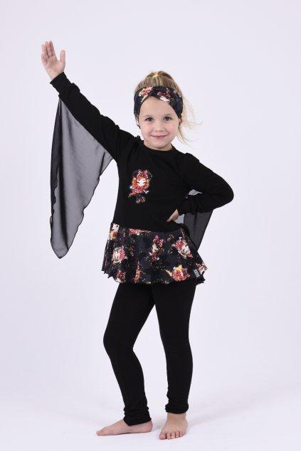 Zoe Mickey cerna1 small