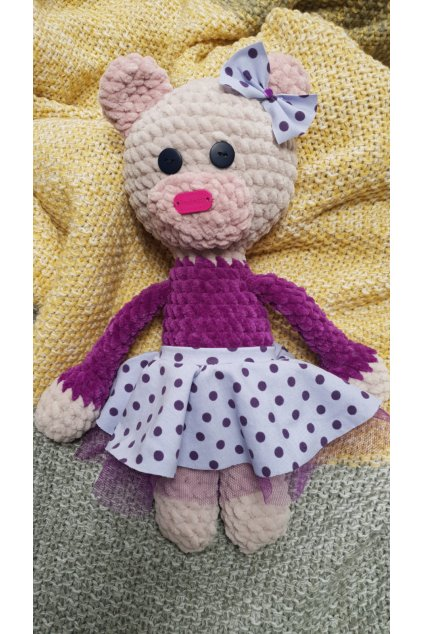 dekorace hackovany medvidek fialovy sukneB