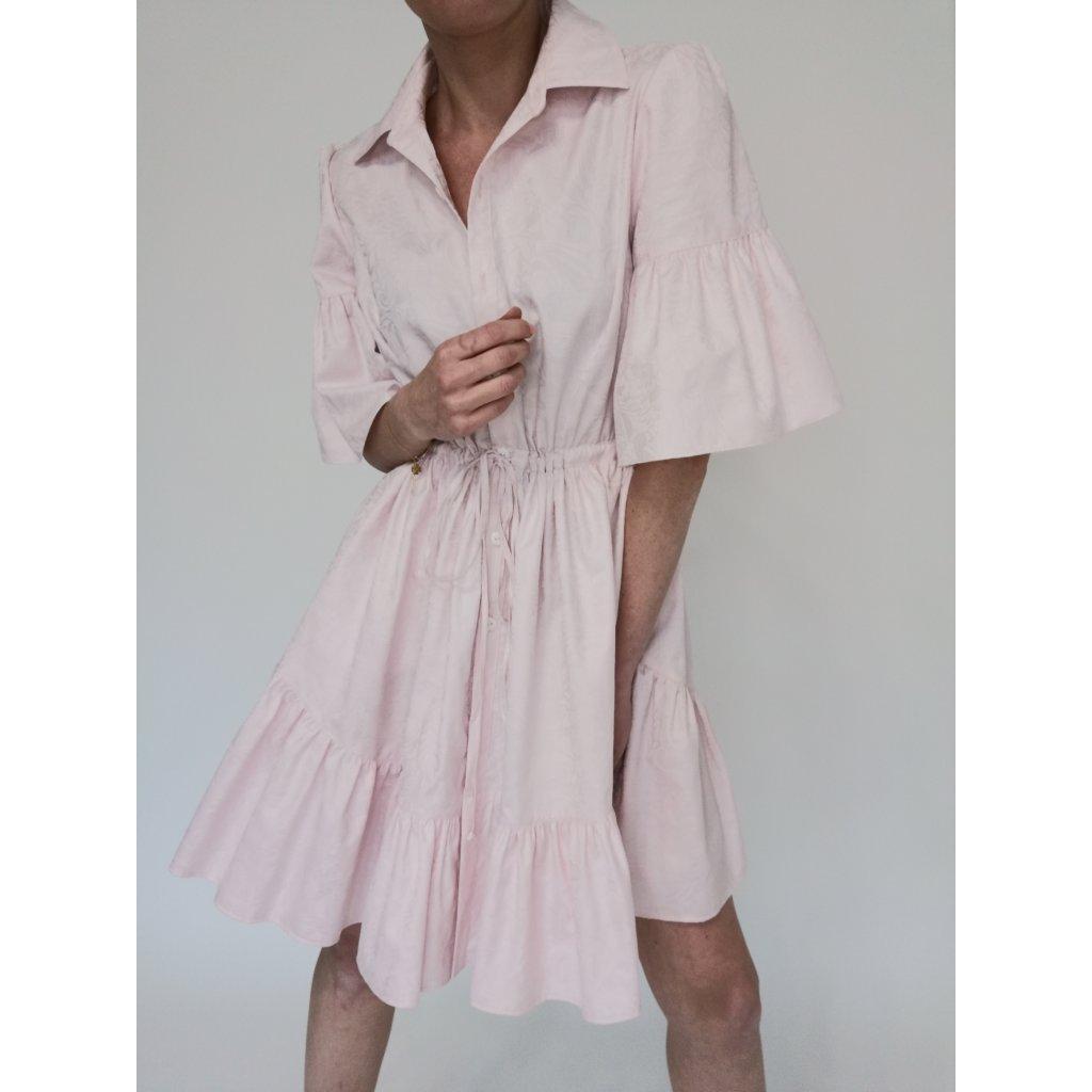 Volánové šaty s límečkem a krátkými rukávy