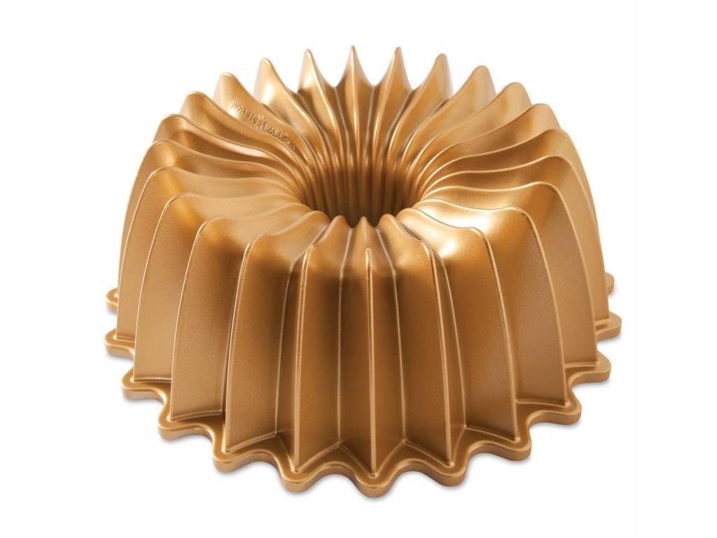 Forma na bábovku BRILLIANCE 10 cup, zlatá Nordic Ware