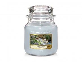 Svíčka Classic střední WATER GARDEN Yankee Candle