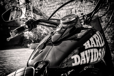 motorcycle-3794594_1920