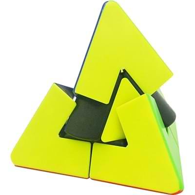 Rubikova kostkaPyramida s trojúhelníkovým středem- 3
