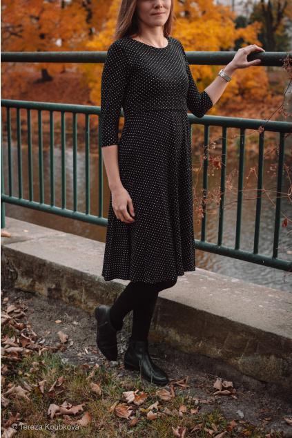 Bambusové kojicí šaty Jsem máma, černé s puntíky, prodloužené