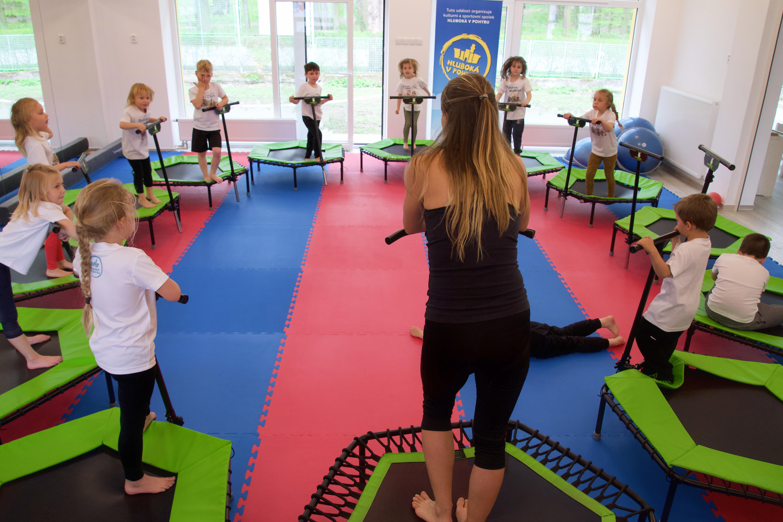 Je možné použít fitness trampolínu při školní výuce?