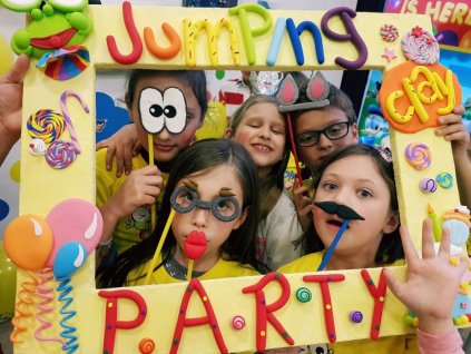 Jumping clay party