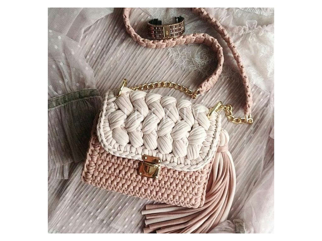 Zeffirka elegant- krémová bílá s růžovou