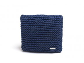 Pletený polštář 40x40 cm tmavě modrý