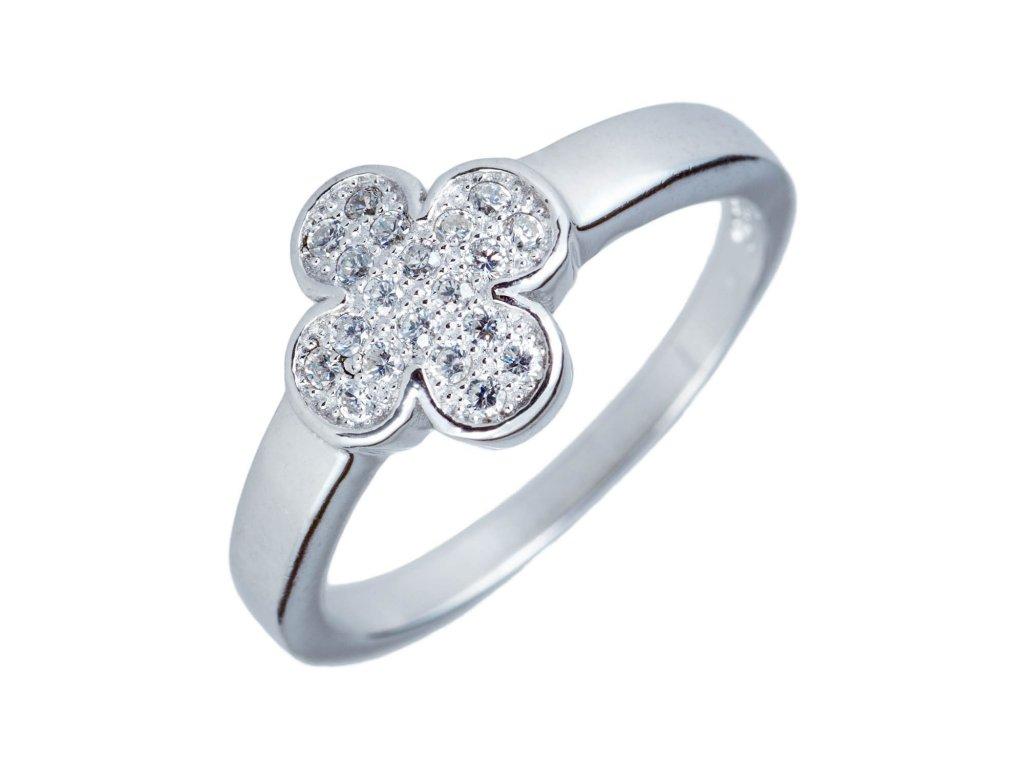 Jemný prsten ze stříbra s čtyřlístkem a zirkony