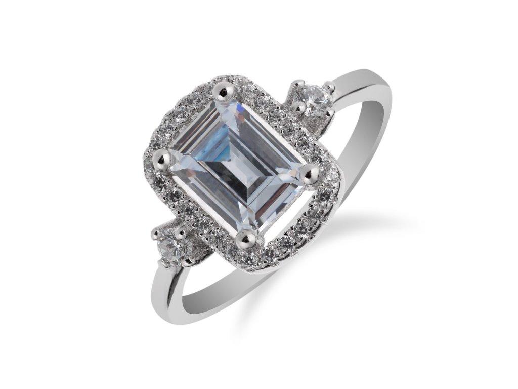 Výrazný prsten ze stříbra s obdélníkovým zirkonem