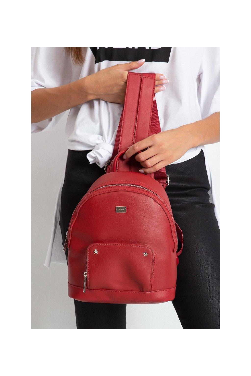 Menší červený batoh Luigisanto