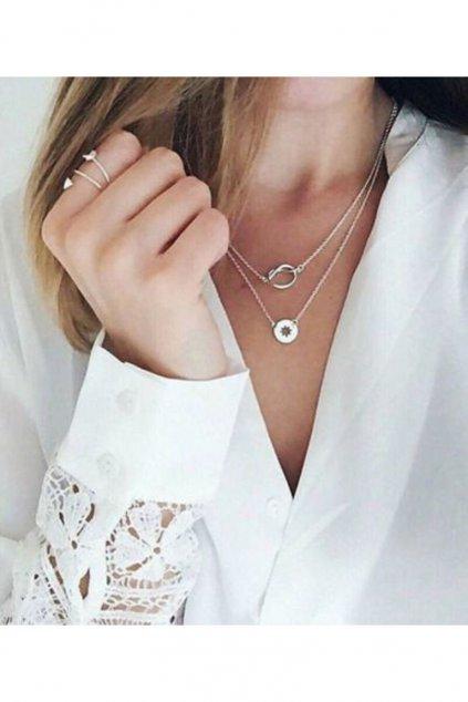 Dvojitý náhrdelník s přívěsky ve stříbrné barvě