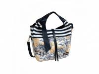 Trendová kabelka DOCA nádherne zdobená v bielo modrej farbe