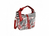 Pestrá DOCA kabelka do ruky a rameno v červenej farbe