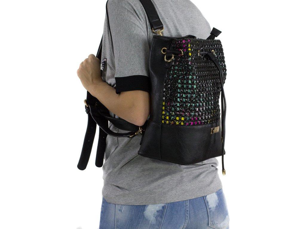 38b30d7ec9f9e Dámska kabelka a ruksak 2v1 DOCA 13199 - čierna | Kabelky.sk