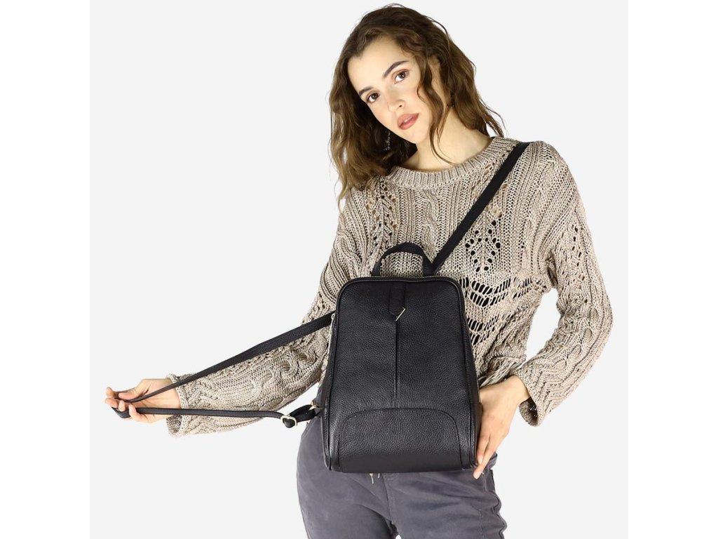Italský kožený batoh MAZZINI GIRO; černý