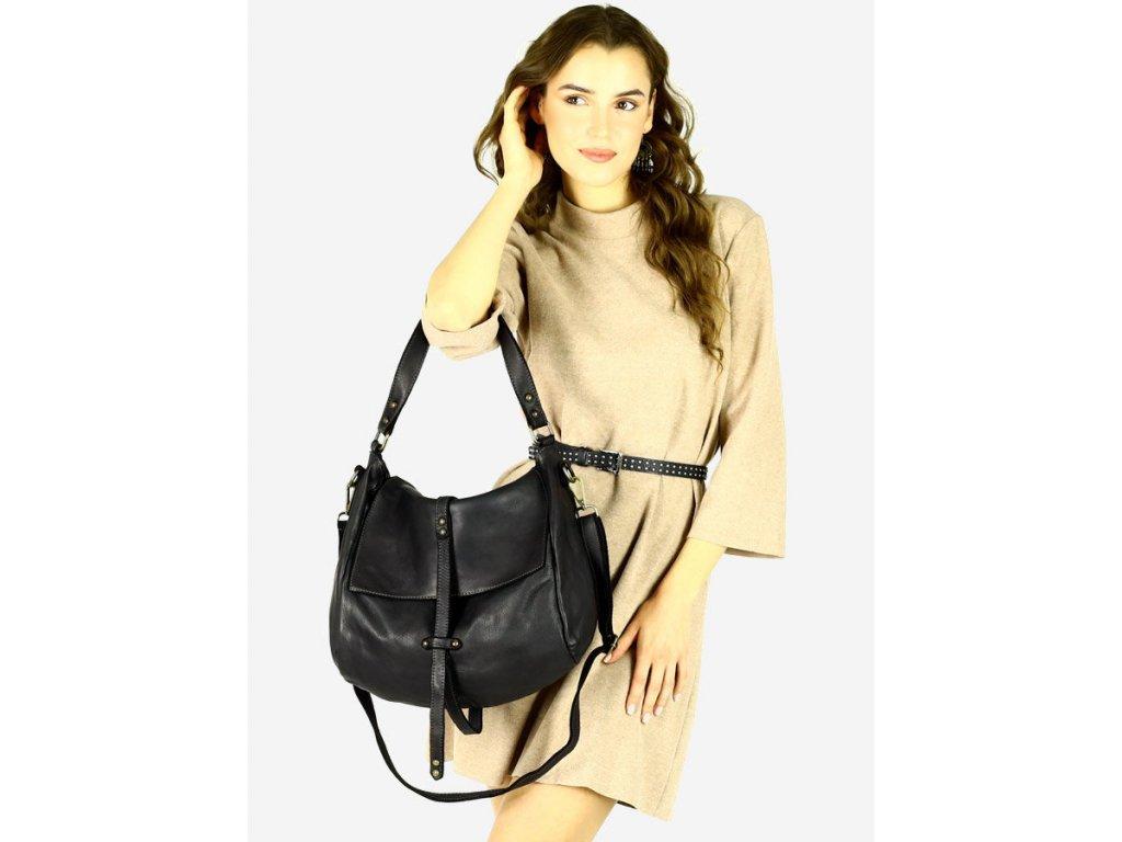 Italská kožená kabelka s hopper Mazzini; černá