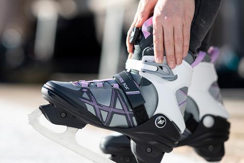 Ice-Skate-Boa