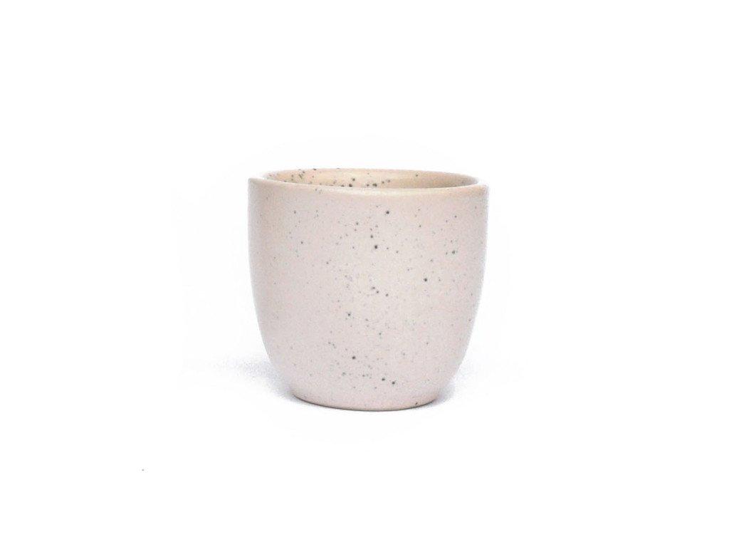 dust mug04
