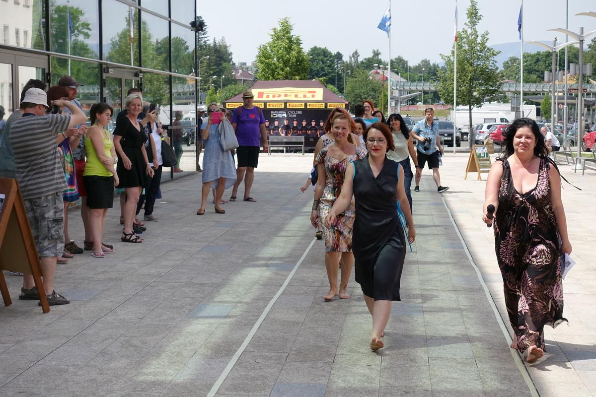 Dny otevřených atelierů: přehlídka pod širým nebem přes Trutnovským UFFem