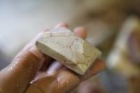 Kamenicá dílna - broušení kamene