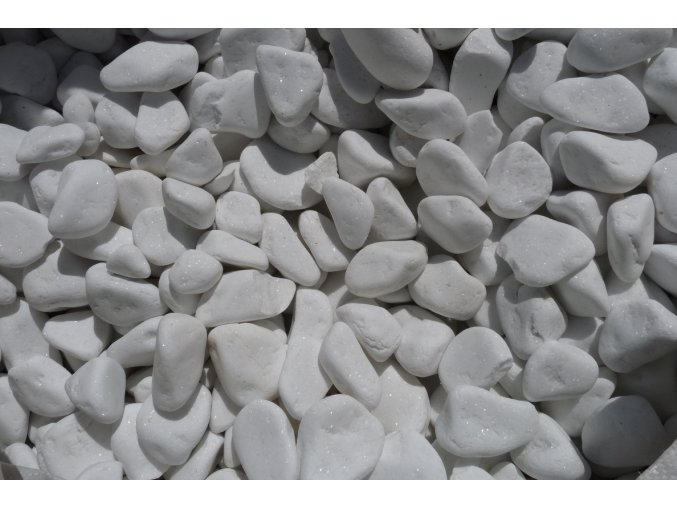 Oblázky mramor zářivě bílý
