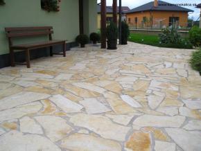 SALIČ irregular tiles