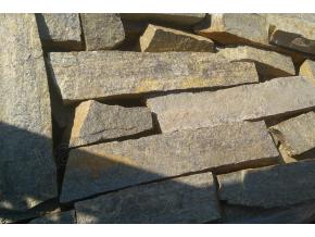 Gneis K8 kameň na murovanie/do gabionov
