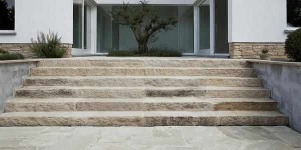 Technický postup pokládky venkovních schodů