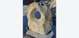 Soliterní kámen K 85