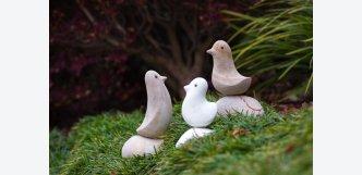 ptáčci z kamene