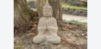Buddha na zahradu z kamene