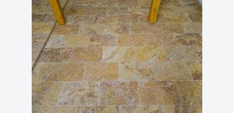 obkladový kámen a dlažba interiér hnědý travertin