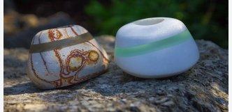 Kamenný svícen s broušeným sklem C