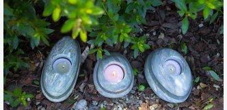 Kamenný svícen s broušeným sklem D