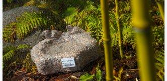 pítko zahradní kámen s ptáčky