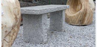 zahradní lavička kamenná